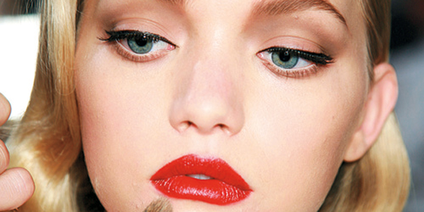 Simply red: How to wear red lipstick