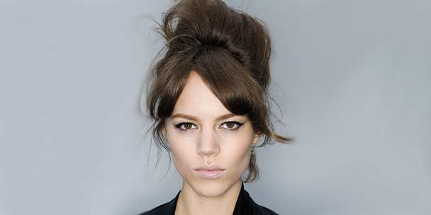 hairstyles-up-away