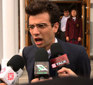 Elle Interview: Jay Baruchel