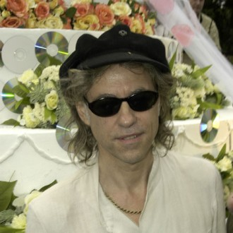 Bob Geldof blasts Christmas single