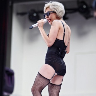 lady-gaga-insists-on-silk-underwear