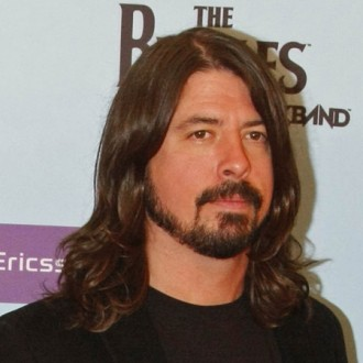dave-grohl-compares-producer-to-ex-girlfriend-2