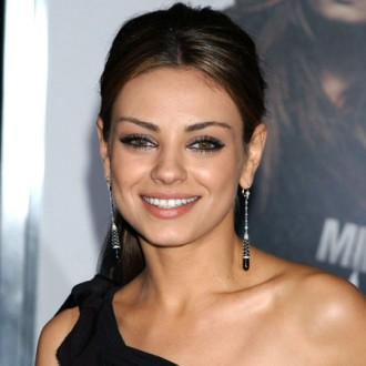 mila-kunis-uncomfortable-about-black-swan-oscar-talk