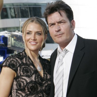 charlie-sheen-to-divorce-brooke