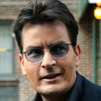 Charlie Sheen's father to stage intervention