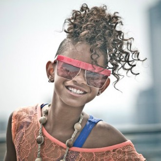 Willow Smith listens to Tupac