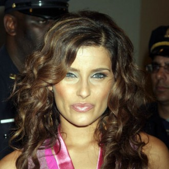 nelly-furtado-urges-songwriters-to-keep-their-style-2