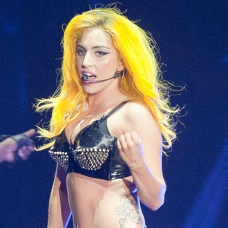 lady-gaga-to-direct-new-video-3