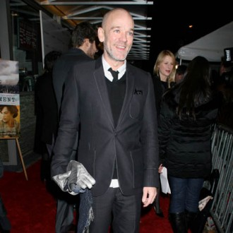 Michael Stipe gives up on pens and paper