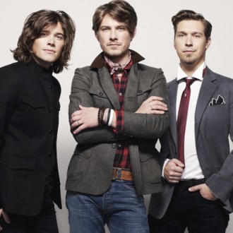 Hanson announce world tour