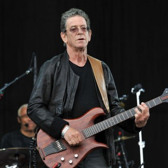 lou-reed-pays-tribute-to-woodie-guthrie-2