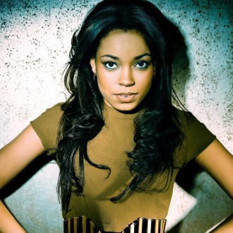 dionne-bromfield-considering-amy-winehouse-tribute-2
