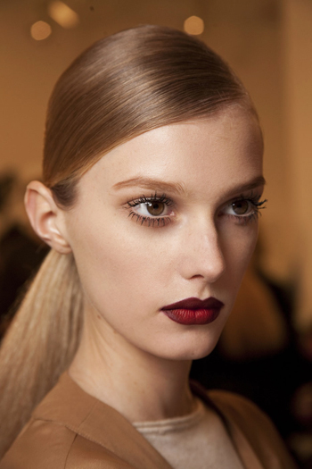 guccis-70s-inspired-makeup