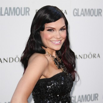 jessie-j-needed-bone-transplant-for-foot-2