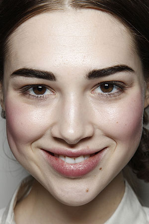 makeup-tips-applying-blush-like-a-pro-2