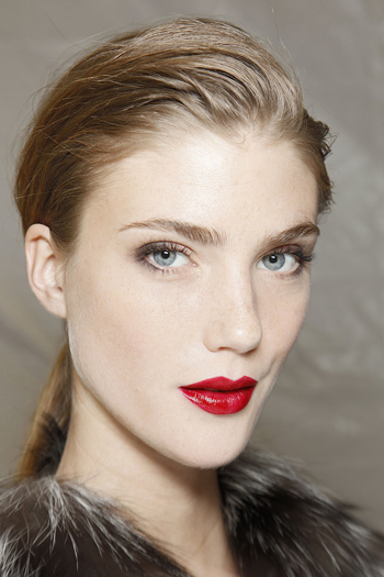 Holiday beauty tips: Get gorgeous for your office cocktail party