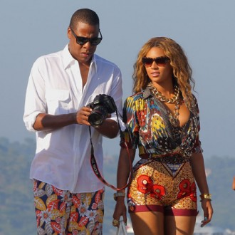 beyonce-knowles-and-jay-z-to-record-space-video-2