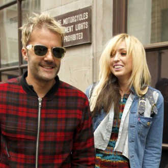 the-ting-tings-deleted-album-for-clean-break-2