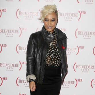 emeli-sande-launches-competition-for-fan-duets-2