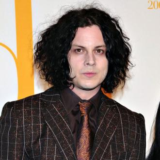 jack-white-to-release-first-solo-album-blunderbuss-2