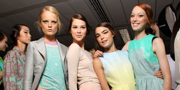 Fashion tips: How to wear pastels for Spring 2012