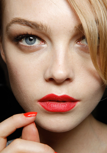 beauty-school-red-lips-2