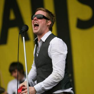 Kaiser Chiefs want guitars in the charts