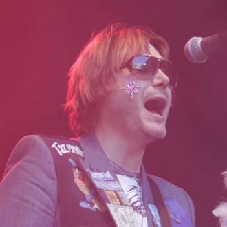 Nicky Wire loves God Save the Queen