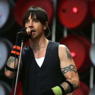 red-hot-chili-peppers-want-to-perform-with-jimmy-2