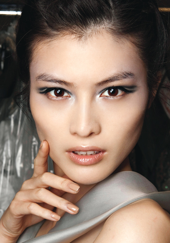 Spring 2012 beauty: 5 spring eye makeup trends