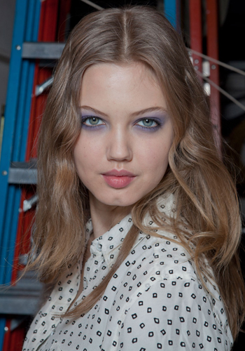fall-2012-beauty-trends-5-ways-to-bring-your-beauty-looks-into-next-season-3