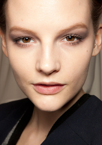 holiday-party-makeup-how-to-get-smoky-eyes-at-every-level-of-smouldering-5