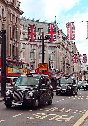 London Travel Guide: 25 shop addresses