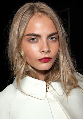 beauty-school-the-perfect-bold-eyebrows-3