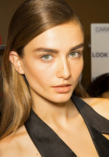 how-to-apply-bronzer-10-rules-to-live-by