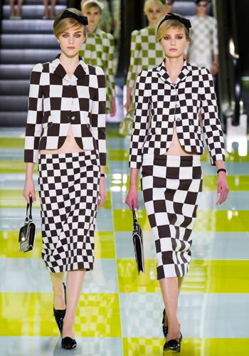 4-ways-to-wear-checks-summer-fashion-trend-lesson-3