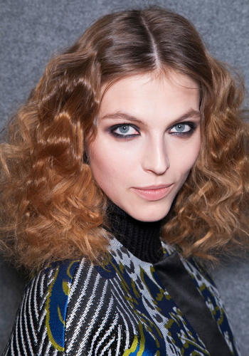 Hairstyles: How to get every kind of curl in your hair