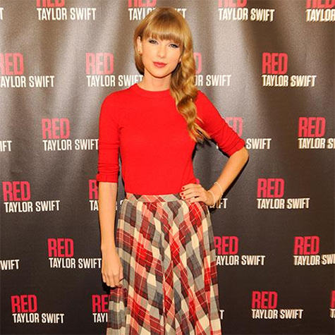 Celeb style steal: Girly Taylor Swift