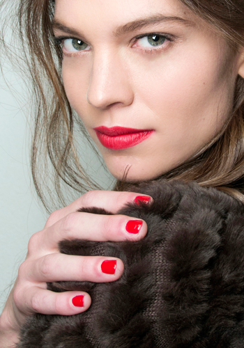 5-nail-polish-tips-for-your-holiday-party-3