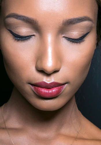5-reasons-to-switch-up-your-lipstick-shade-3