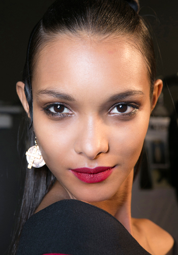 HOliday makeup: 5 never-fail looks
