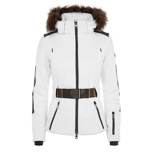 7 ski vacation fashion must-haves