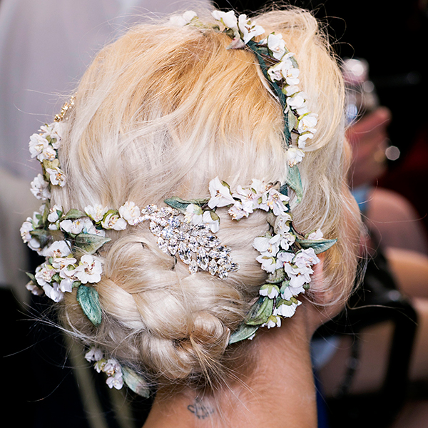 get-the-look-dolce-gabbana-inspired-hair-accessories-4