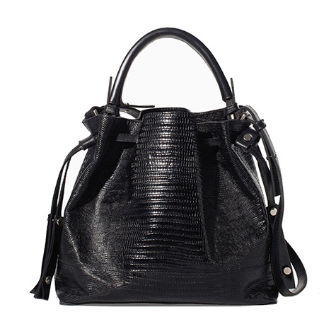 spring-accessories-the-bucket-bag-2