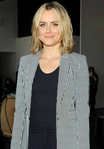Taylor Schilling: Celebrity interview