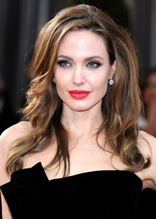 celebrity-beauty-angelina-jolies-beauty-evolution