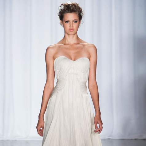 12-designer-runway-dresses-that-make-beautiful-wedding-gowns