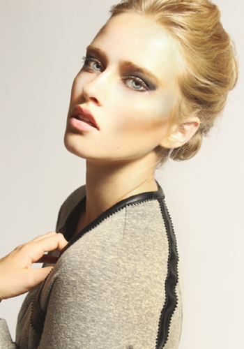 meet-the-10-finalists-for-elle-canadas-2014-model-search-9