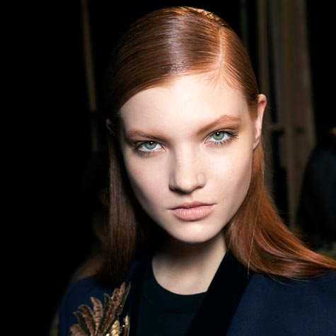 The side hair part: New ways to style your hair this fall