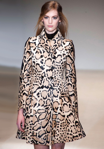 the-new-way-to-wear-leopard-print-for-fall-2014